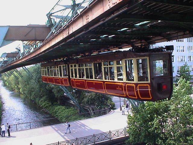 Wuppertal Kaiserwagen von JuergenG. lizensiert unter CC BY-SA 3.0
